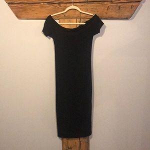 Dresses & Skirts - Off the shoulder black knit dress